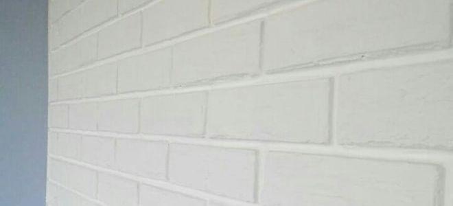Кирпичная декоративная стена своими руками и без лишних затрат. История от @tepliakovainna